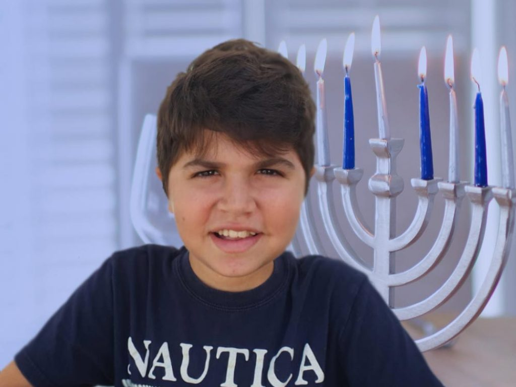 hanukkah_header2020_mobile